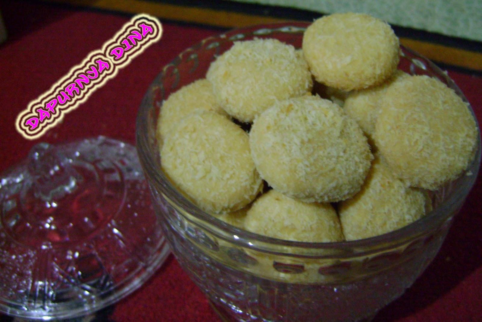 cara membuat aneka kue kering 4 resep kue kering kelapa