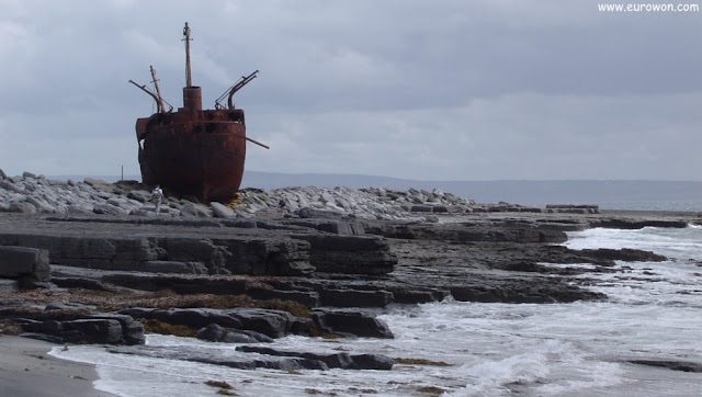 MC Plassey naufragado en la isla Inisheer