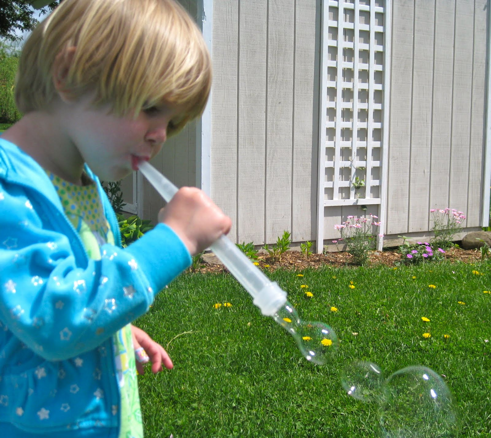 The Wonder Years Bubble Fun With Kitchen Utensils