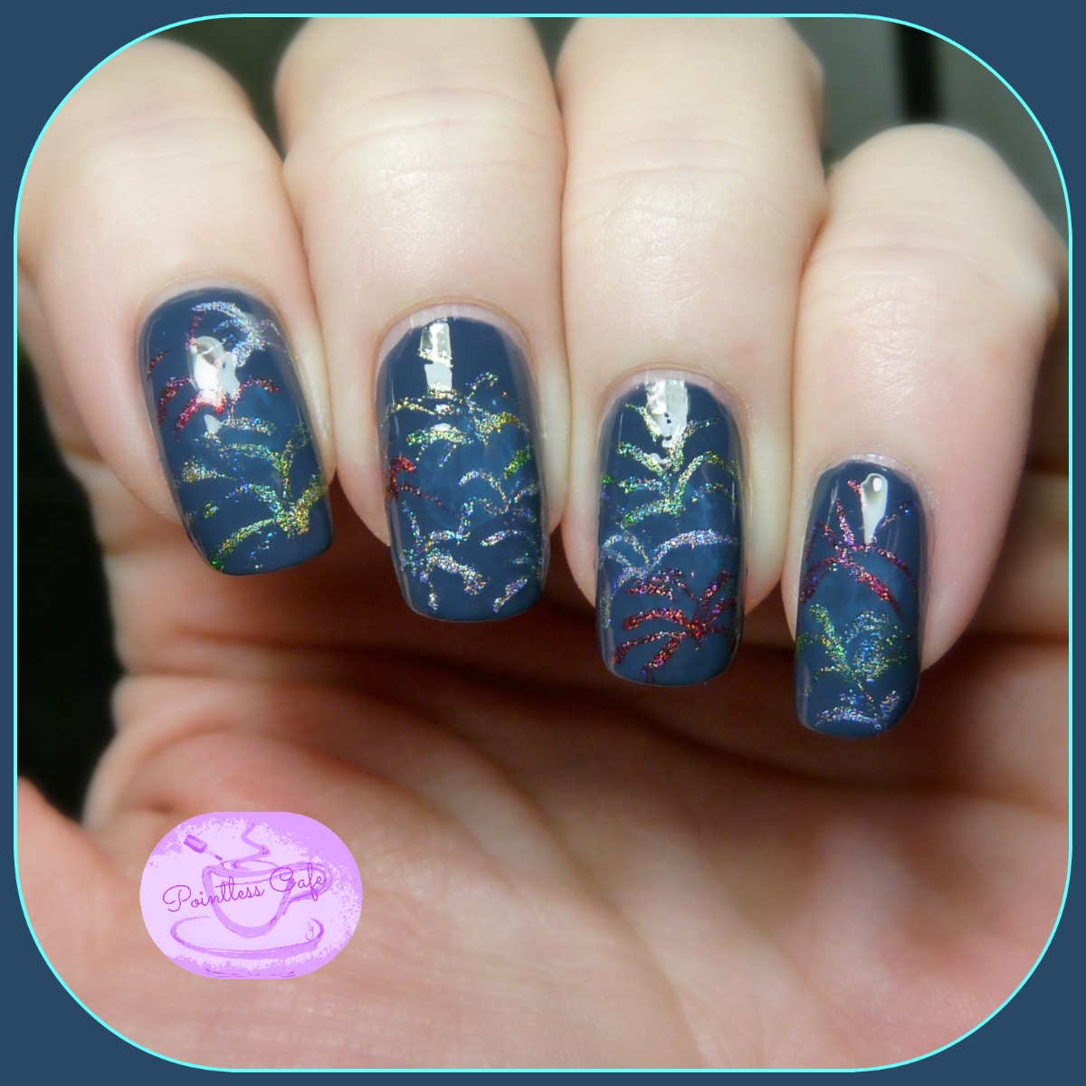 New Year\'s Eve Nail of the Day: Fireworks | Pointless Cafe