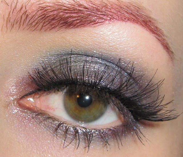 http://themoonmaiden-blix.blogspot.com/2014/11/taupe-teal-and-purple-eye-makeup-look.html