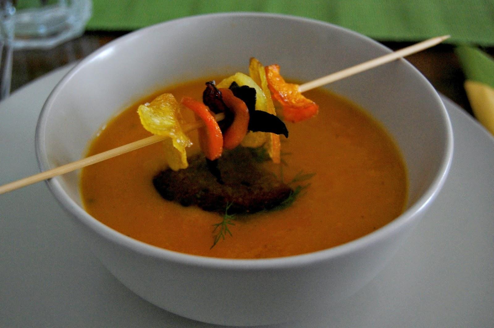 Dinner, vegan, food, foodblogger, eatclean, kipferlundkrapferl, Minestrone, Suppe, Gemüsesuppe, Cremesuppe, Gemüsechips
