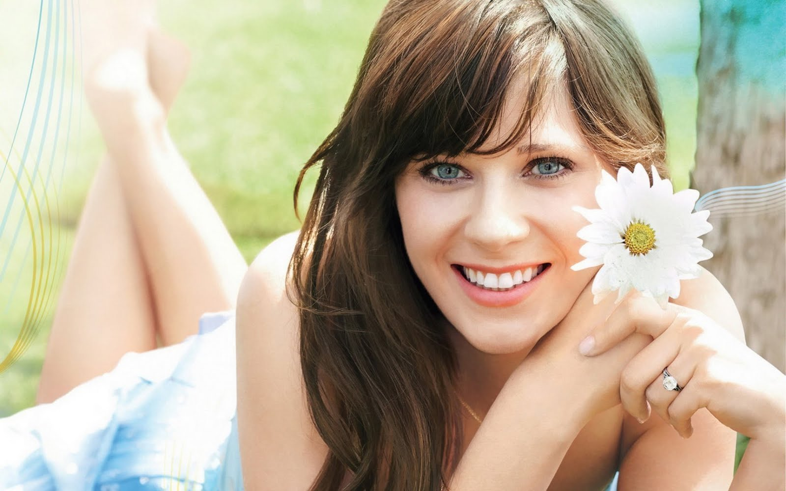 http://2.bp.blogspot.com/-A5MuuJDDiP4/TkBNF3pc__I/AAAAAAAAKz4/EYVuOfKZ6X8/s1600/zooey+deschanel+hot+wallpaper_2.jpg