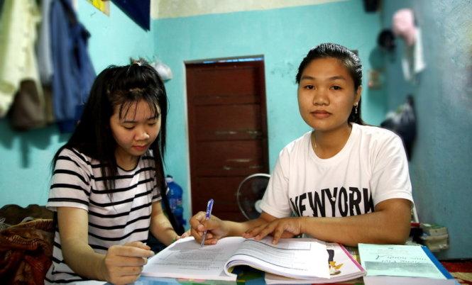 Gia Lai: Hai tân sinh viên mồ côi trên miền đất đỏ