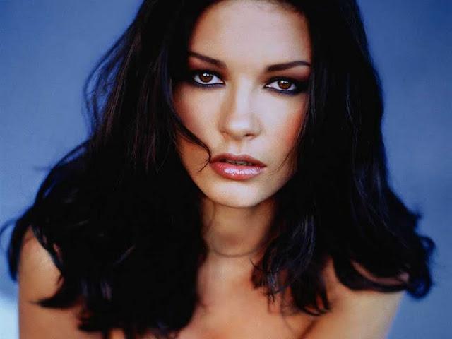 Catherine Zeta Jones  have a beautiful face