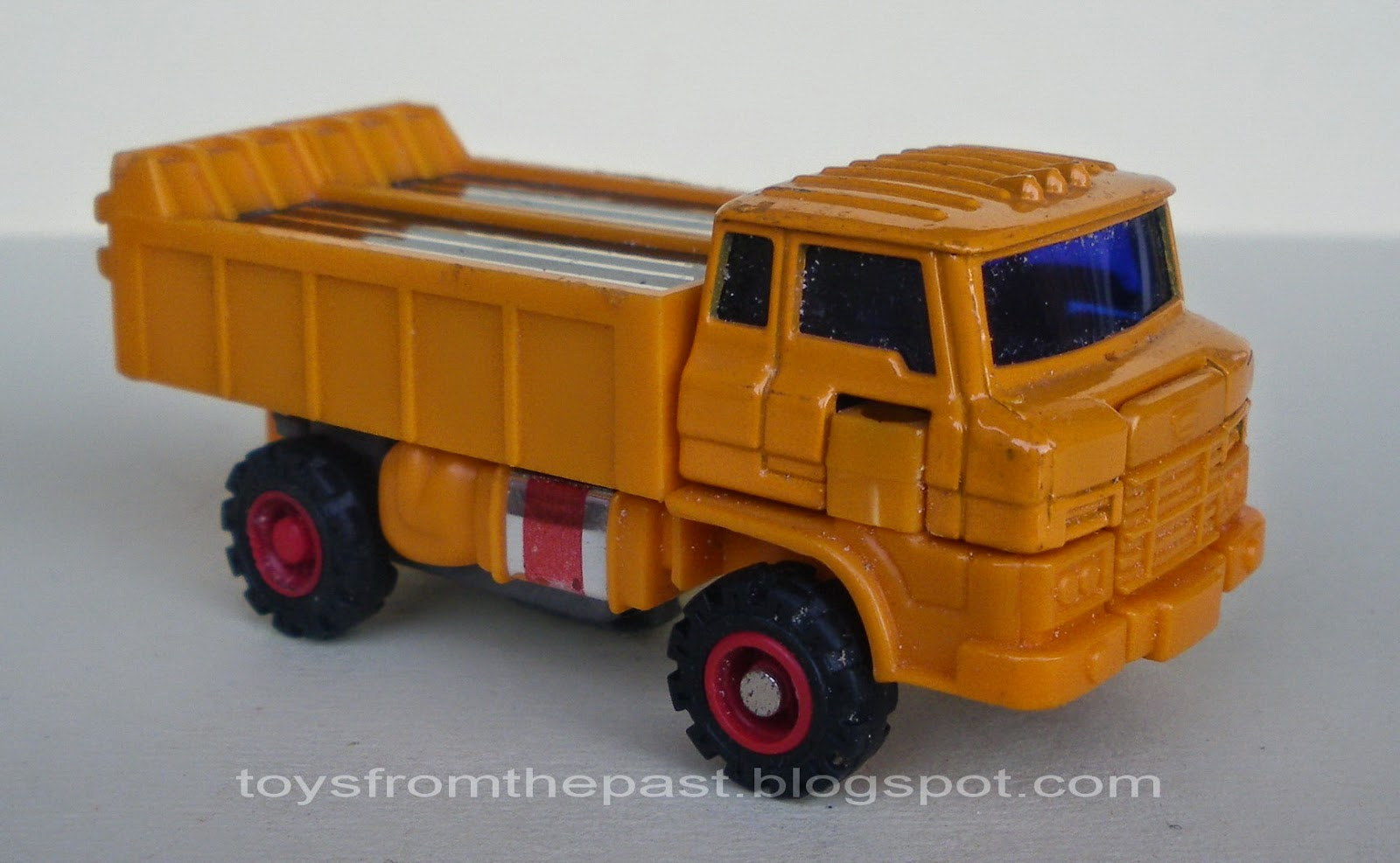Toys from the Past: #532 MC TOY – MOTORIZED ROBOT – DUMP TRUCK ...