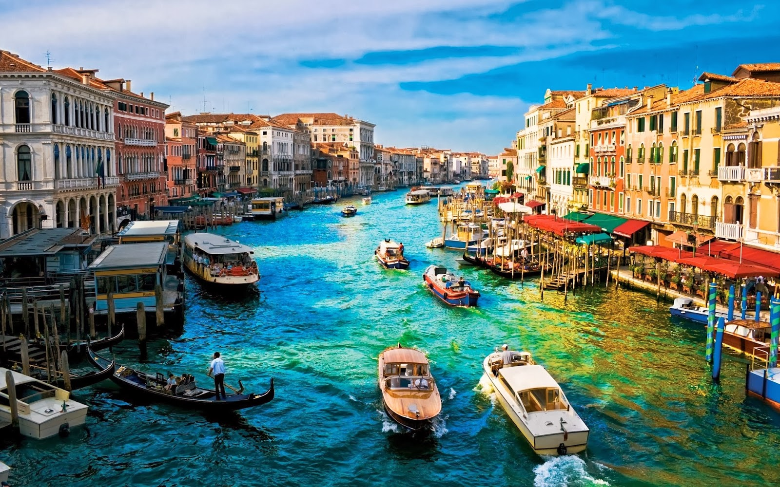 Most famous places in italy techzhelp for Italy the best places to visit