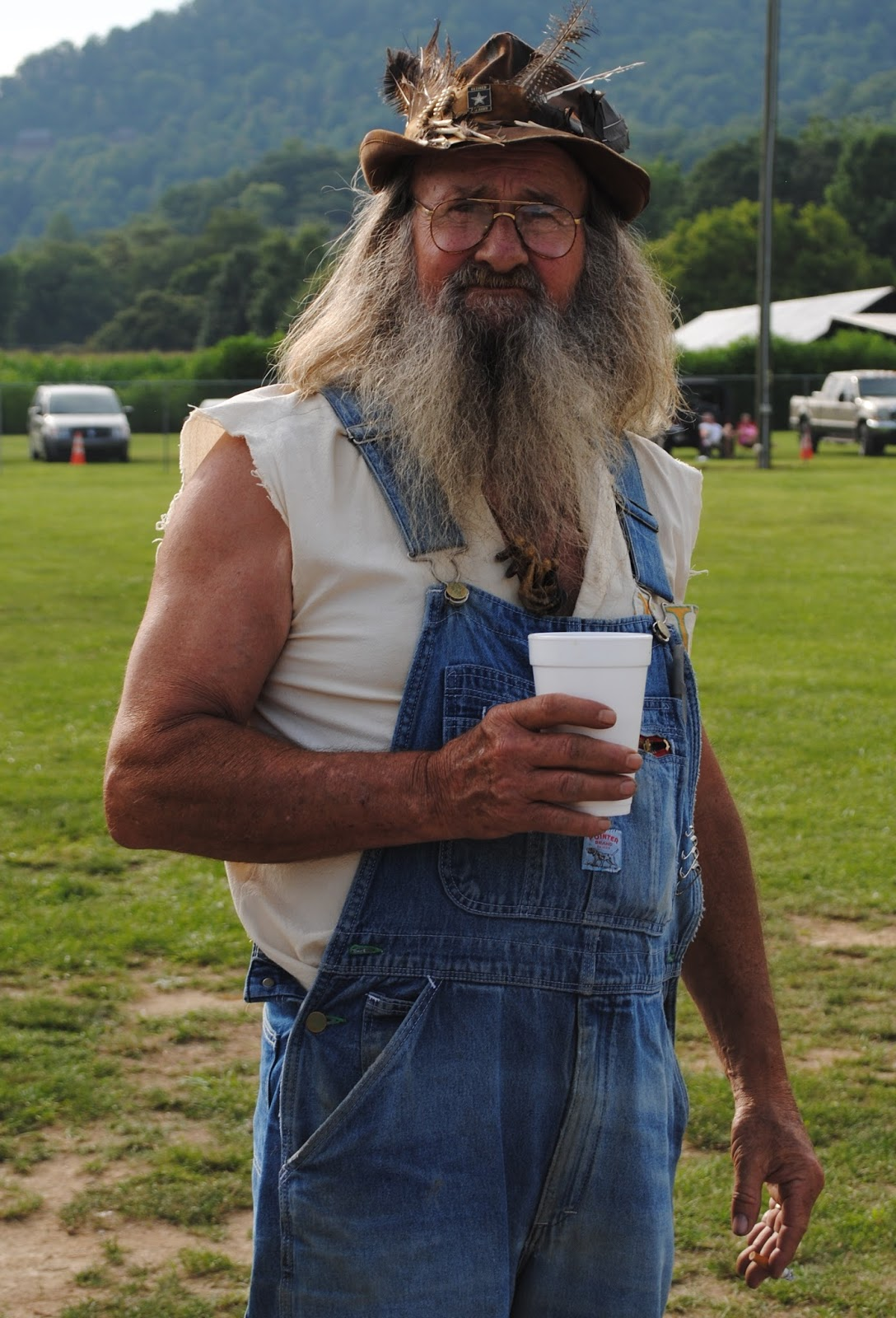The carpetbagger battle for the legacy of popcorn sutton for The sutton