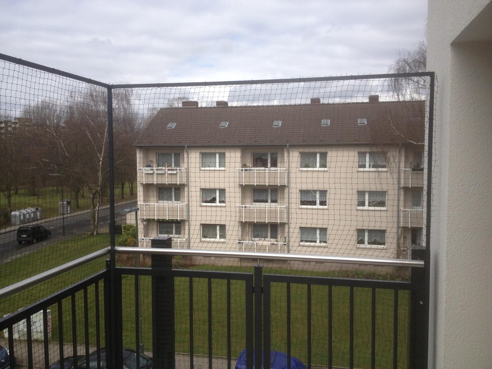 ... Katzennetz: Katzennetz Montage Düsseldorf, Freistehender Balkon mit