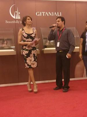 Bipasha Basu launches Gili at Paris gallery in Dubai mall