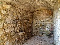 Cambra a ponent del Castell Vell de Llinars