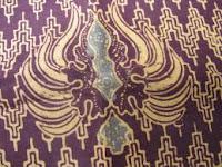 motif batik khas solo burung garuda