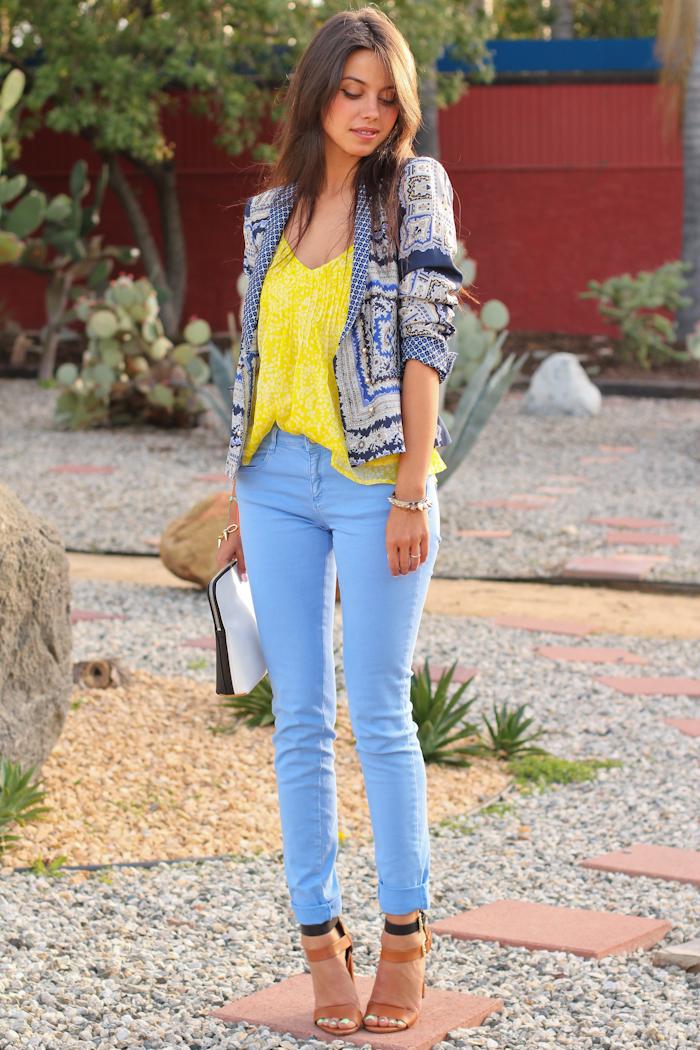 К синим джинсам что одеть