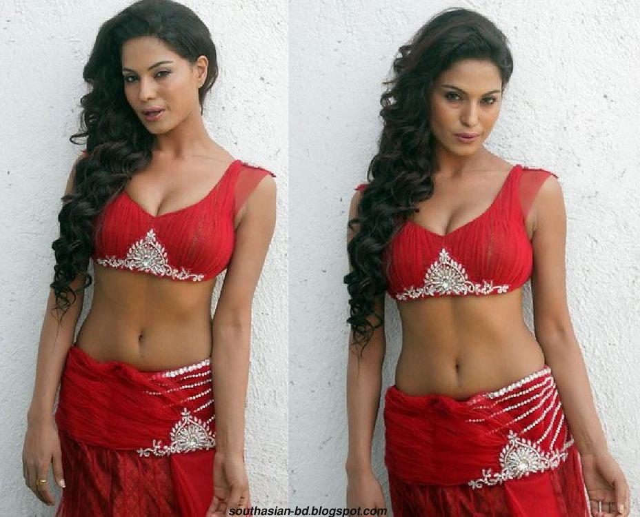 Pakistani veena malik sexy