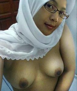 Cewek Jilbab Binal - Gambar Memek Sempit ABG