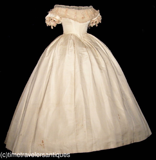 All the pretty dresses american civil war era wedding gown for Civil war style wedding dresses
