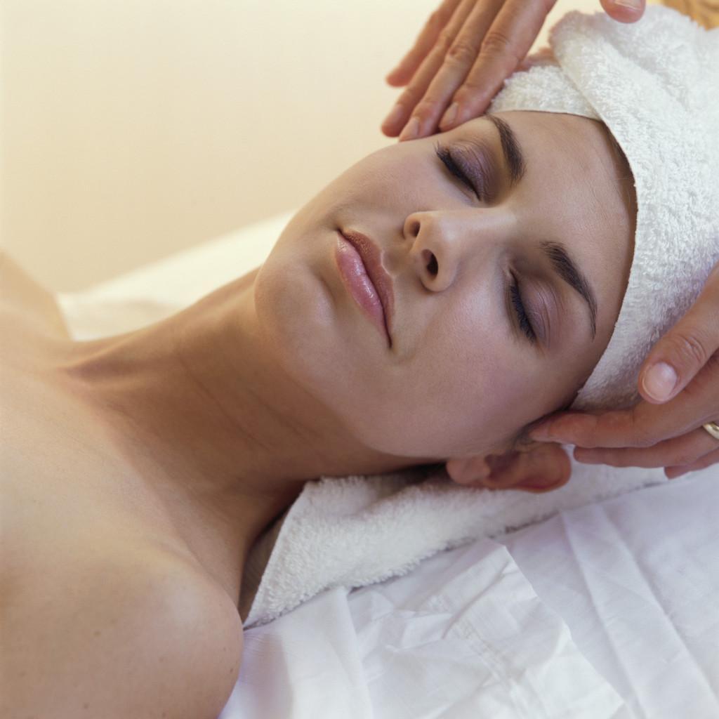 Love her!!! Facial home massage