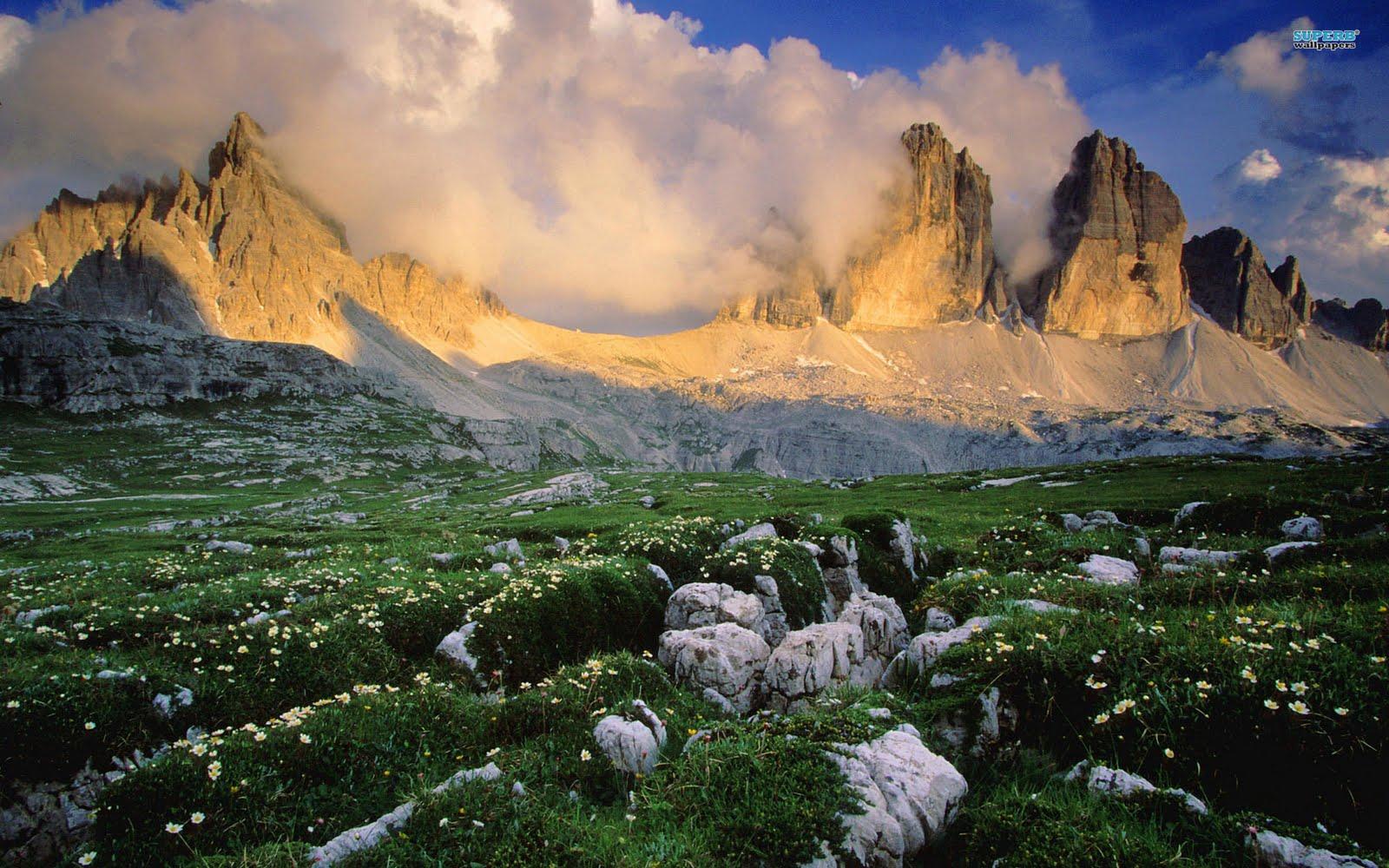 http://2.bp.blogspot.com/-A7r3rn7Rn5U/TcwSGjqxk1I/AAAAAAAANM4/-Mg41zox9pI/s1600/dolomite-mountains-in-italy-3322-1920x1200.jpg