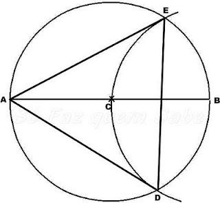 Os pontos A, D e E são os vértices de um triângulo equilátero. Ao uni-los teremos o triângulo inscrito na circunferência