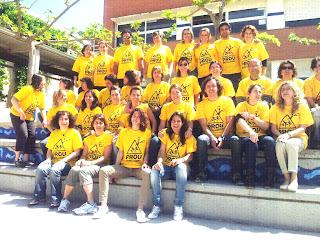 Escola Pau Casals de Vacarisses amb la samarreta Prou Retallades