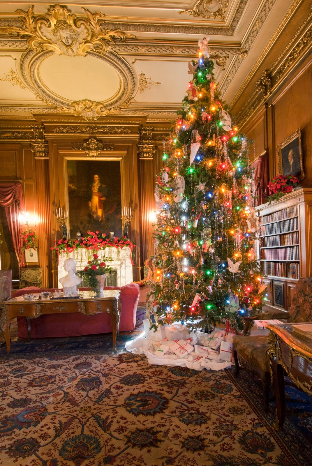 Staatsburgh state historic site a gilded age christmas for Site americain decoration noel