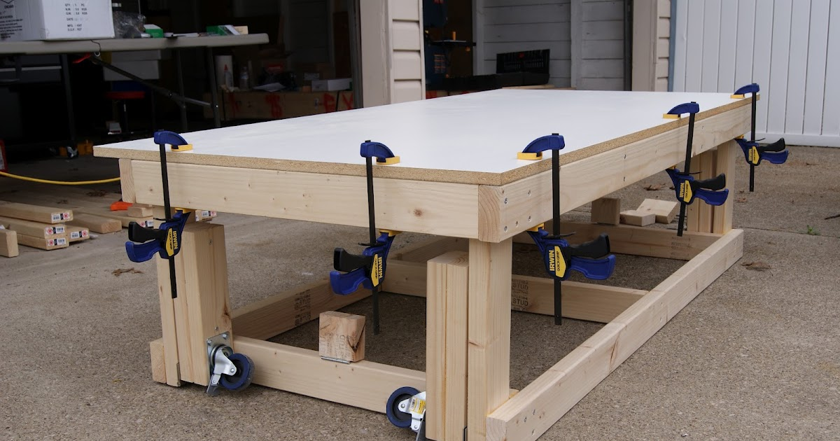 Carv: Free workbench plans with wheels