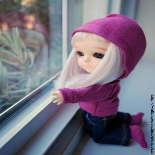 cute barbie doll wallpaper