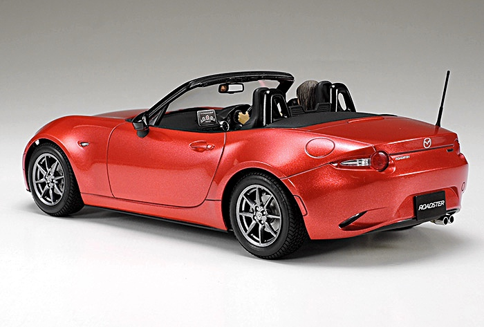 Scale Model News: TASTY TAMIYA MAZDA TWO-SEATER ROADSTER