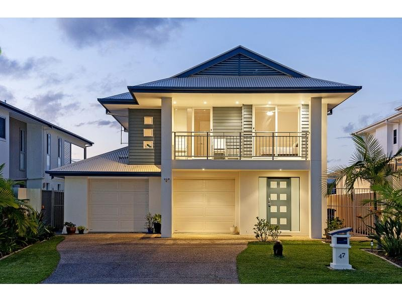 Fotos de fachadas de casas bonitas vote por sus fachadas for Fachadas casas dos plantas