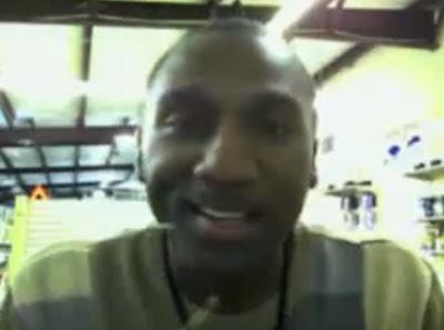 hombre negro se queja de la webcam racista hp