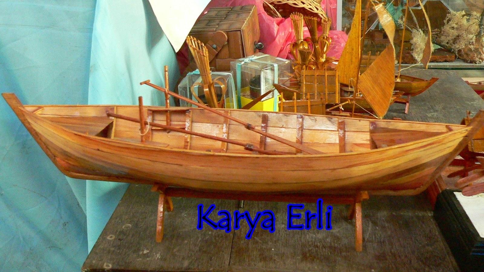 bambu karya erli miniatur kapal nelayan pulau bintan karya erli