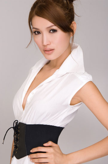 Malaysian Celebrity Model Amber Chia-15
