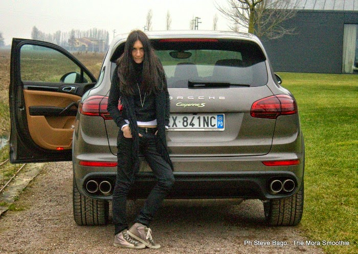 fashion, fashionblog, fashionblogger, porsche, porsche cayenne, blogger, italianblog, bloggeritaliana, fashionbloggeritaliana, fashion test, fashionblogitalia, car, automotive, super car, fashion car, cayenne