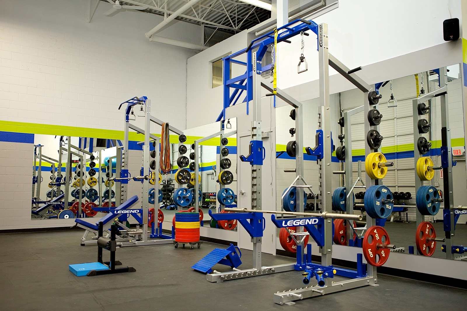 Andrew heming 39 s blog the semi private training option for Best home gym design ideas