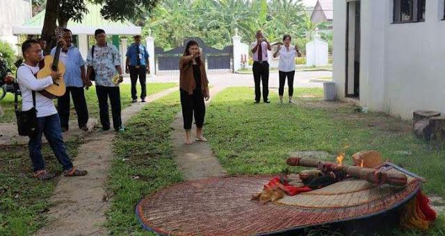 Reog Ponorogo Dibakar di KJRI Davao Philipina Karena Dianggap Sebagai Berhala