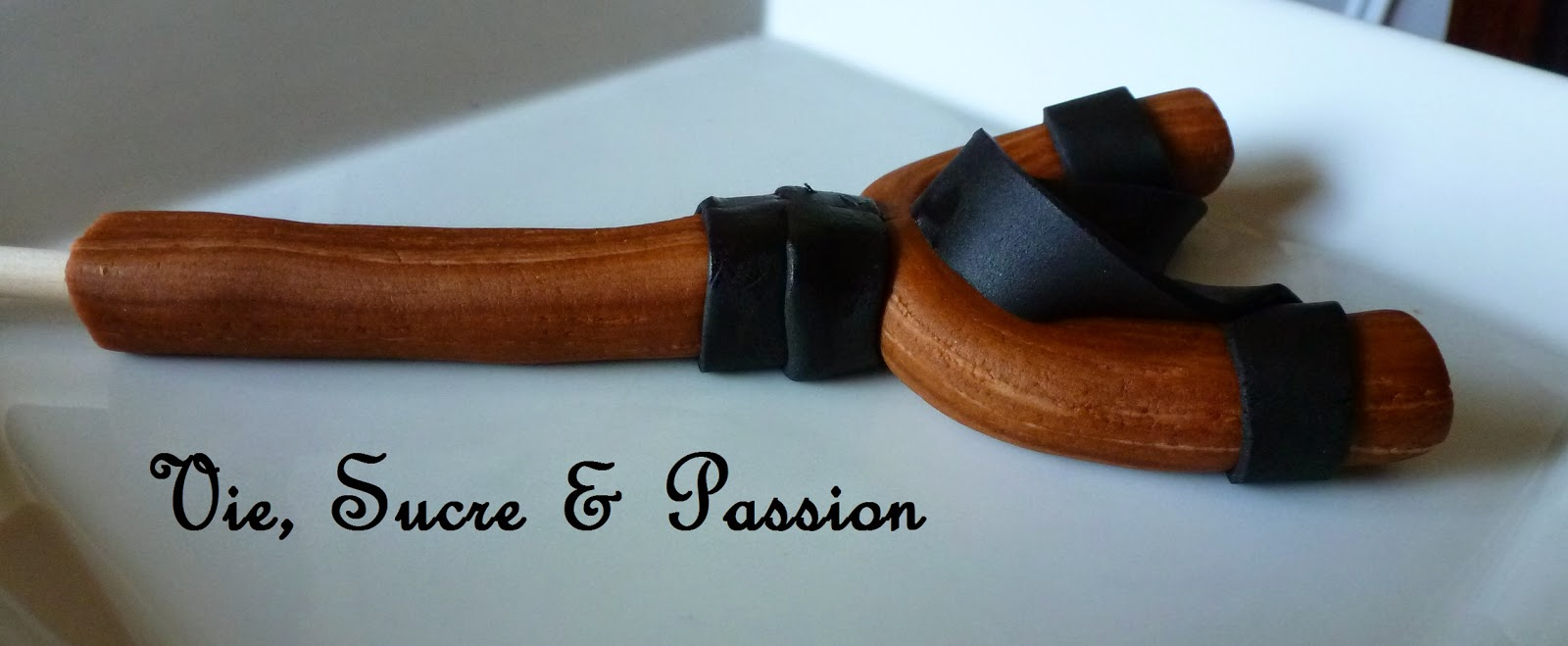 Edible Woodgrain Fondant
