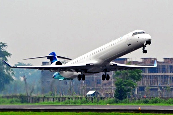 Garuda Indonesia, Bombardier CRJ1000. ZonaAero