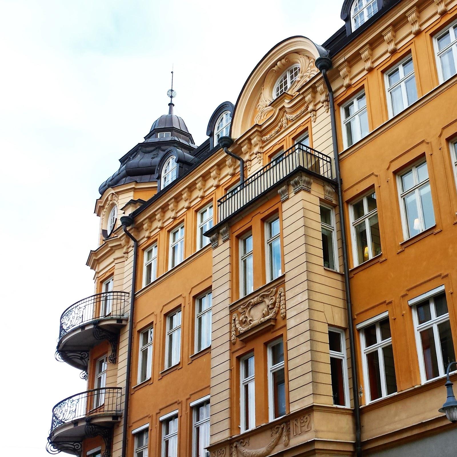 Uppsala balcony  |  An afternoon in Uppsala on afeathery*nest  |  http://afeatherynest.com