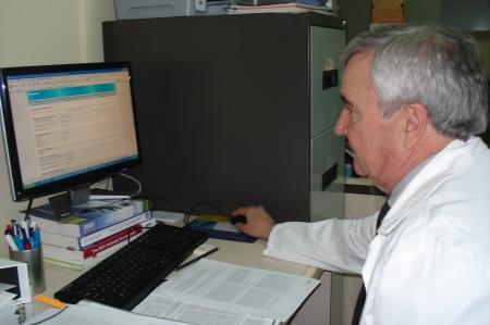 La Fe pone en marcha un programa de ecografías para la monitorización domiciliaria del paciente hemofílico