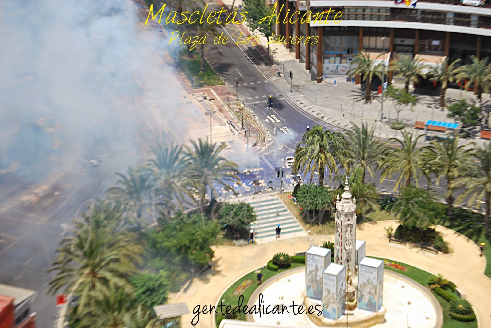 Hogueras-Alicante-Mascletás-Foto
