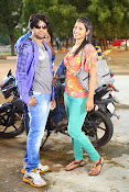 Evariki Evaru Movie gallery-thumbnail-2