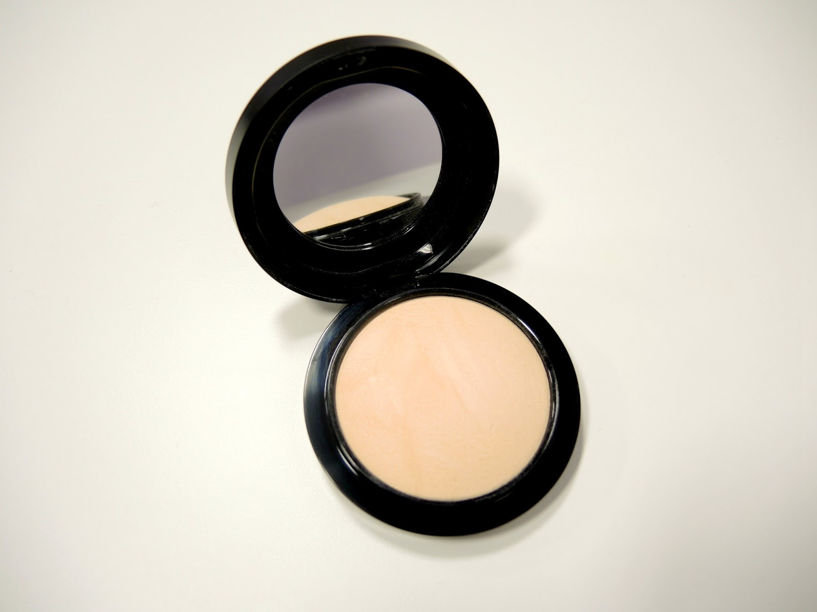 Mac Mineralize Skinfinish Natural Light