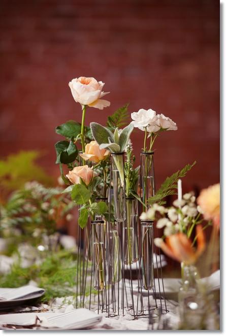 provrörs vaser, blommor i provrör, rosor i provrör, test tubes, flowers in test tubes, roses in test tubes, test tube vase
