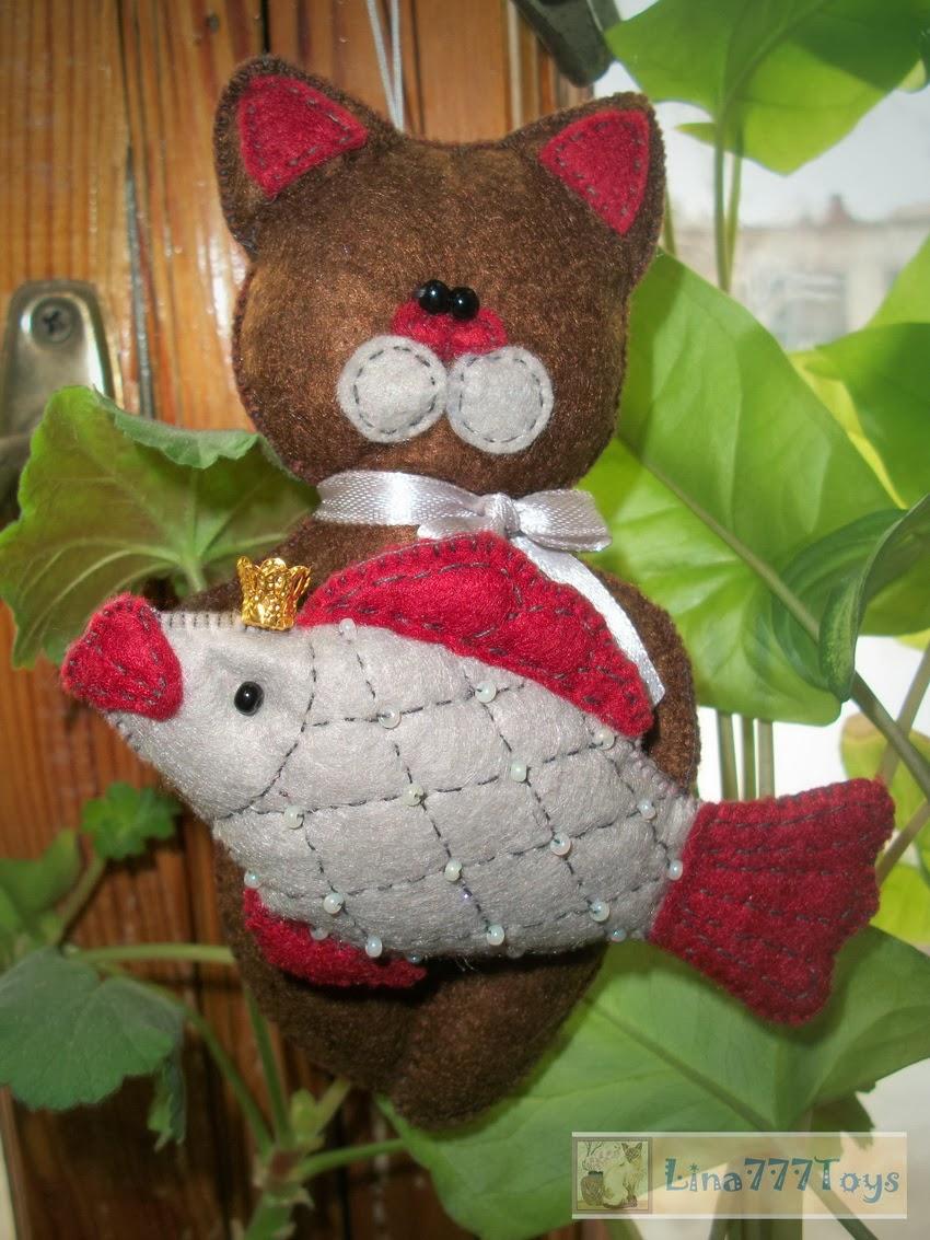 игрушка ручной работы котик из фетра