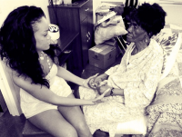 Rihanna's Grandmother Dies of Cancer