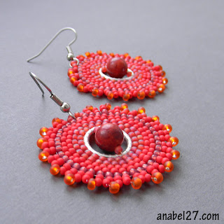 купить яркие красные алые серьги из бисера украшения ручной работы
