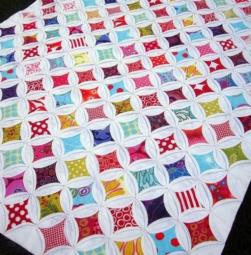 Cathedral Windows Quilt Squares - Tutorial