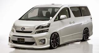 Sewa Mobil Mewah di Surabaya