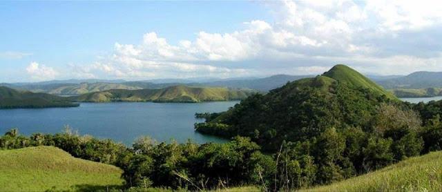 Danau Sentani Sentral Budaya adat papua