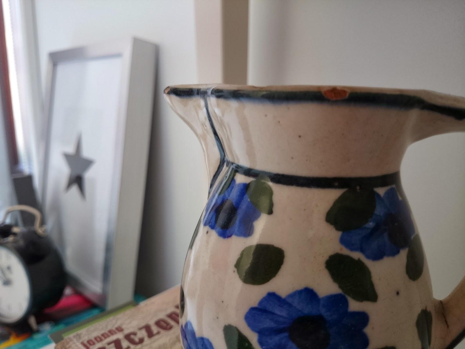 Pamiątka - dzbanek w niebieskie kwiaty Eklektyczne dodatki, plakat gwiazdka